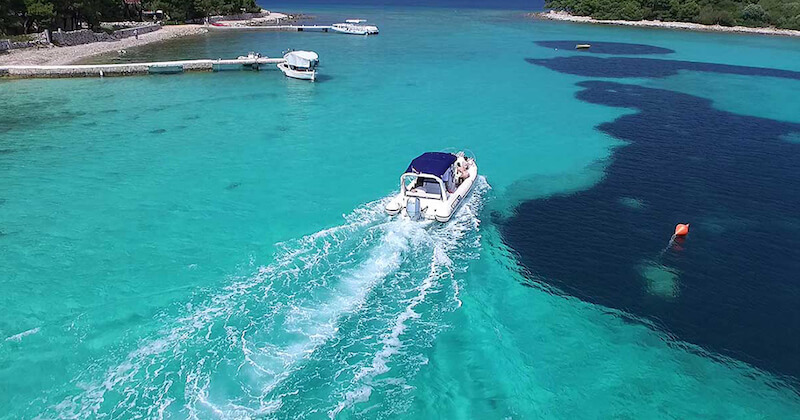 BlueCay Boat Transfer Service Blue Lagoon Maslinica